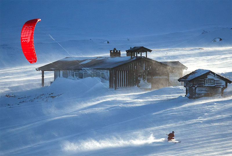 Kitemare Snowkiting